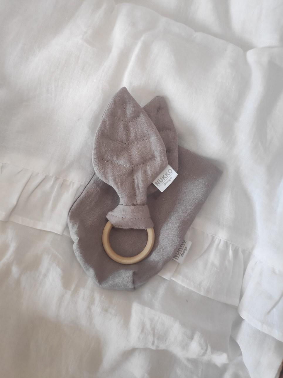 Grey Wooden Leaf Teether