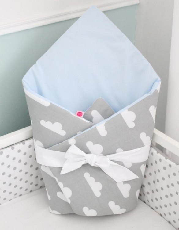 A great idea for newborns, the Clouds On Gray And Blue Baby Horn is the perfect accessory for the busy on the go parent. Keeps your baby comfortable with out the hassle of losing dropping or running over your blanket!