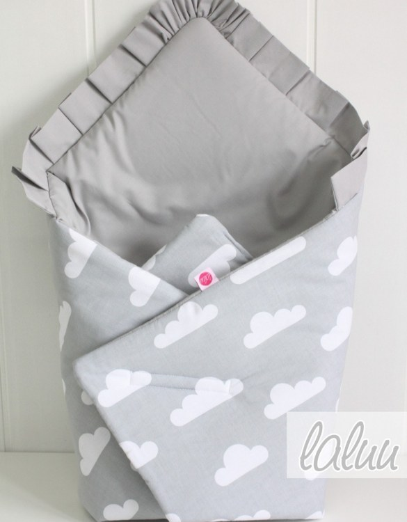 A great idea for newborns, the Clouds On Gray And Dark Gray Baby Horn With a Frill is the perfect accessory for the busy on the go parent. Keeps your baby comfortable with out the hassle of losing dropping or running over your blanket!