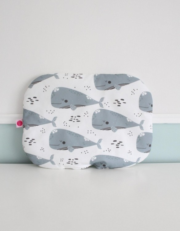 Beautifully soft and cuddly, the Grey Whales and Black Spots Baby Flat Head Pillow is an adorable gift for a baby shower and also for nursery or kids' room decoration. A child up to 2 years old should sleep on a flat pillow.