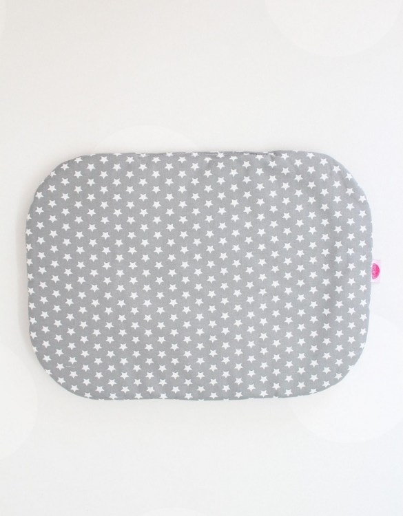 Beautifully soft and cuddly, the Mini Stars On Grey Baby Flat Head Pillow is an adorable gift for a baby shower and also for nursery or kids' room decoration. A child up to 2 years old should sleep on a flat pillow.
