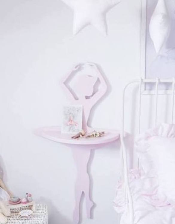 The perfect way to display your treasures, the Ballerina Children's Wall Shelf is a beautiful addition to any child's bedroom or playroom! Put decorations, stuffed animals or smaller toys on the shelf and get a unique element of a children's room.