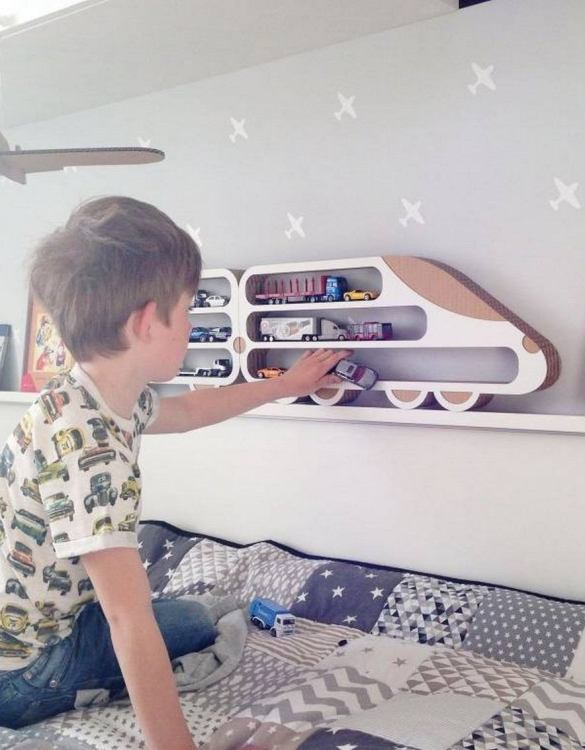 The perfect way to display your treasures, the Lokomotiva Children's Wall Shelf is a beautiful addition to any child's bedroom or playroom! Put decorations, stuffed animals or smaller toys on the shelf and get a unique element of a children's room.