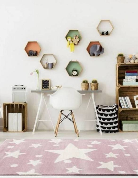 The perfect accessory for any nursery or child's bedroom, the Star Children's Rug is a dreaminess that will certainly inspire your little one's creative play.