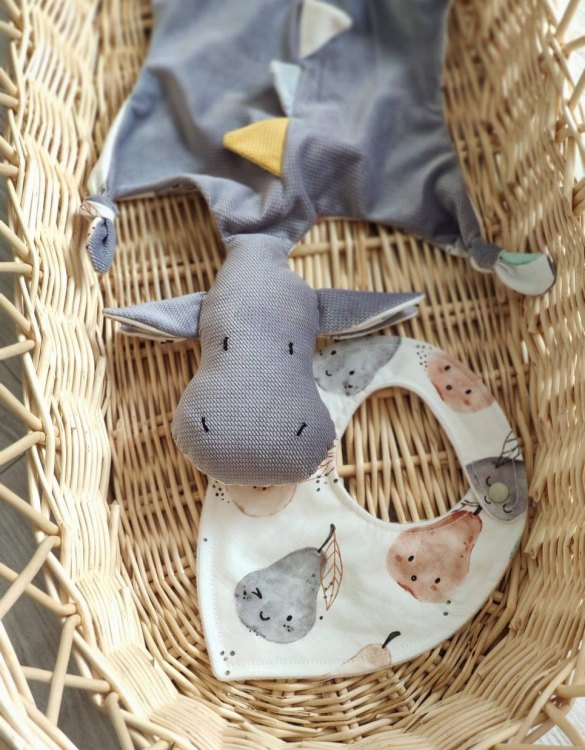 A cuddly toy designed mainly for babies, the Gray Dragon Doudou Baby Comforter is soft, cuddly, breathable, and perfect for little hands to hold. It is perfect to snuggle with in their stroller or crib, and as the little ones grow up, it will continue to be by their side.