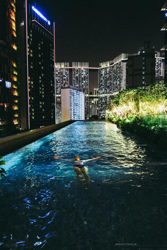 pool-night-SofitelSingaporeCity-36