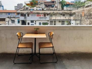 red door cafe HCMC seat