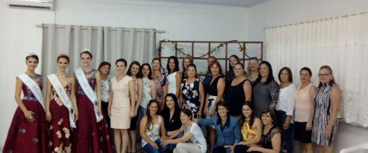 Primeiras Damas se reúnem em Severiano de Almeida