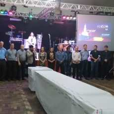 PREFEITOS PRESTIGIAM XXIV FESTIVAL DO LEITÃO ASSADO
