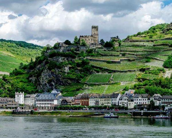 Captivating_Rhine
