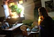 Světlo v učebně...