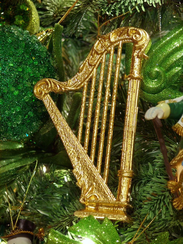 Christmas Decorations Gold Instruments