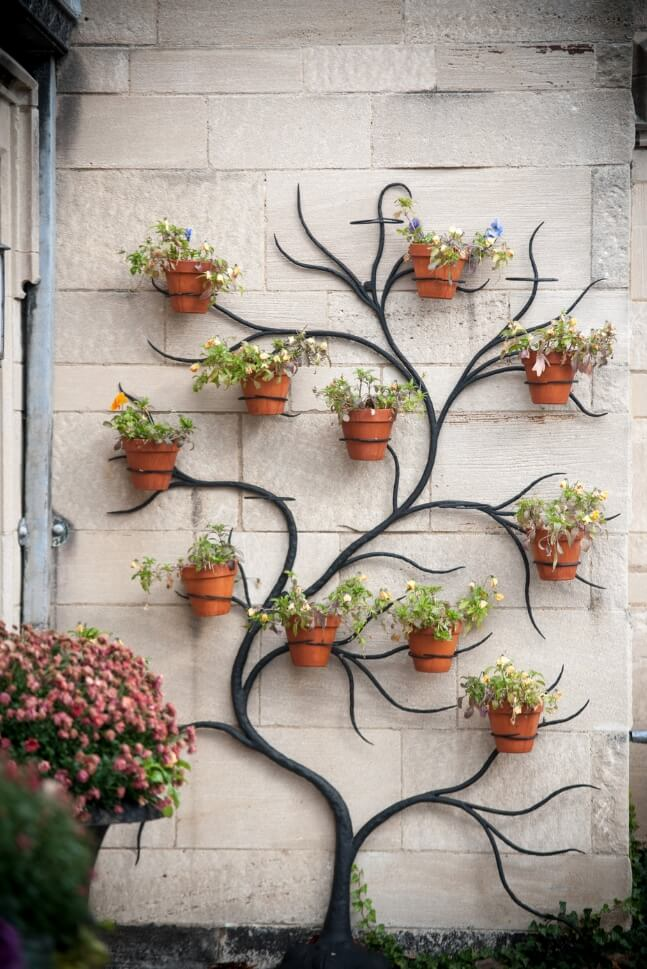 Ideas to Display Planters on an Outdoor Wall on Backyard Wall Decor Ideas  id=96235