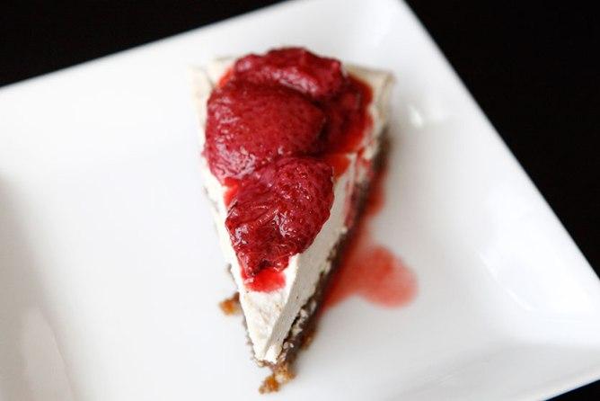 RAW Vanilla Bean Cheesecake
