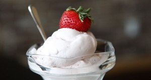 Paleo Berries 'n' Cream Ice-Cream