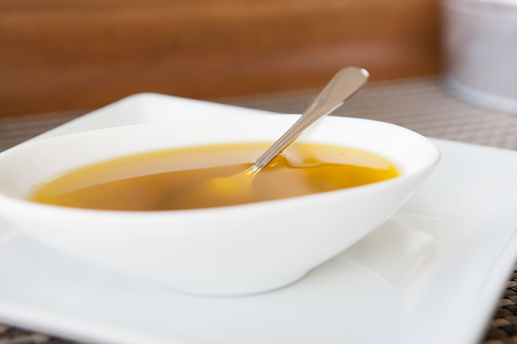 How-To: Lemon Garlic Vinaigrette - by AmazingPaleo.com