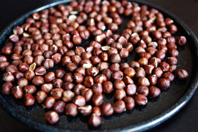 How To: Roast Hazelnuts