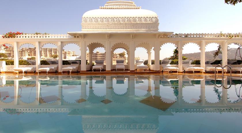 Taj-Lake-Palace-1 Udaipur, het Venetië van Rajasthan