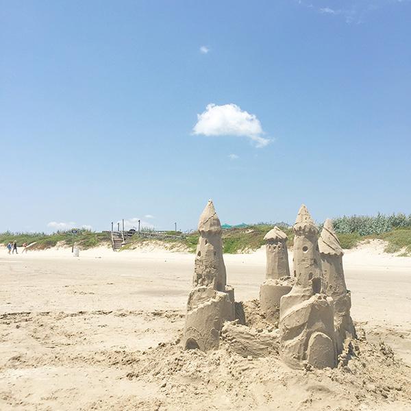 Sand Castles in Port Aransas //amber-oliver.com