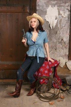 Hudson cowgirl AD-3-10_257