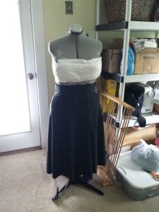 COSPLAY PLANET GIGANTIC queen neva skirt