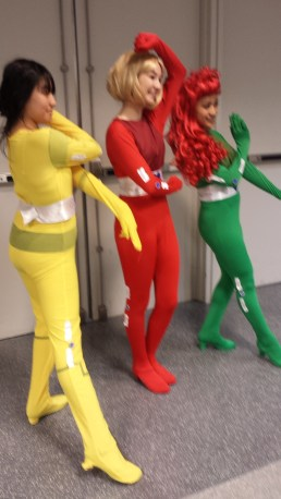 I WISH THIS WASN'T BLURRY. TOTALLY SPIES!