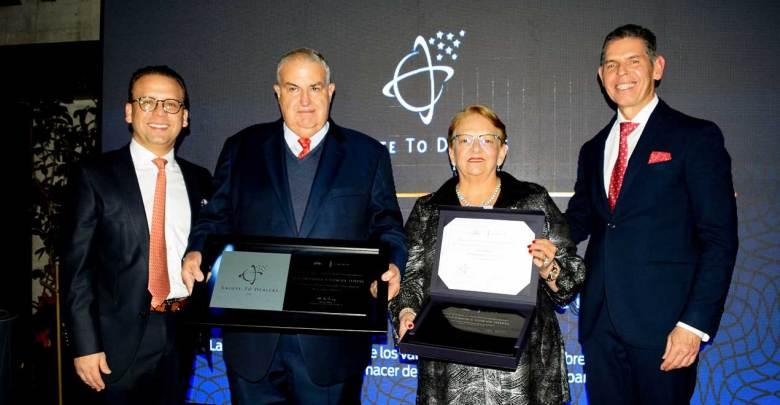 Photo of Reconoce Ford de México el esfuerzo de sus Distribuidores