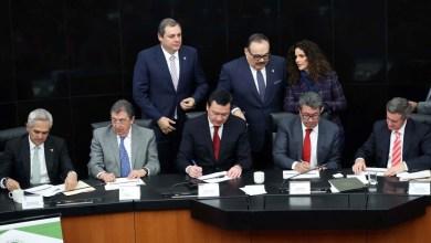 Photo of Firman senadores, empresas y asociaciones civiles el Acuerdo Nacional Para La Nueva Economía de los Plásticos