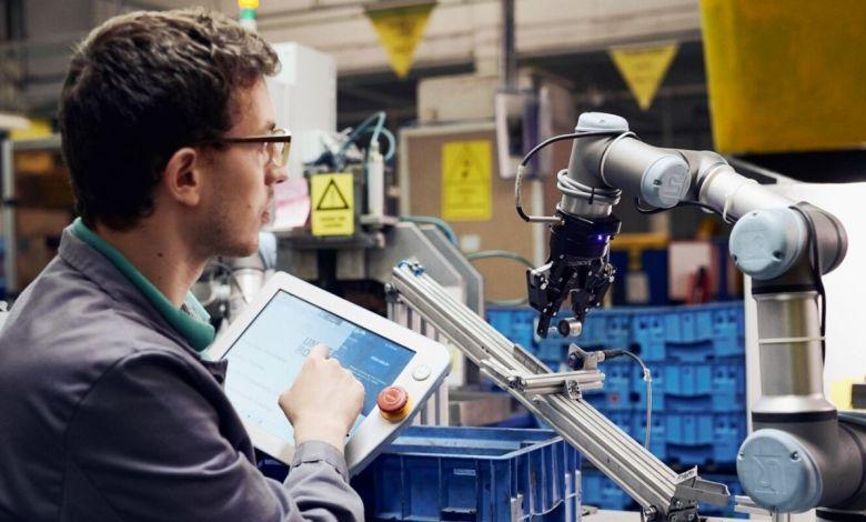 Photo of ¿Cuál es la mejor forma de trabajar con los robots?
