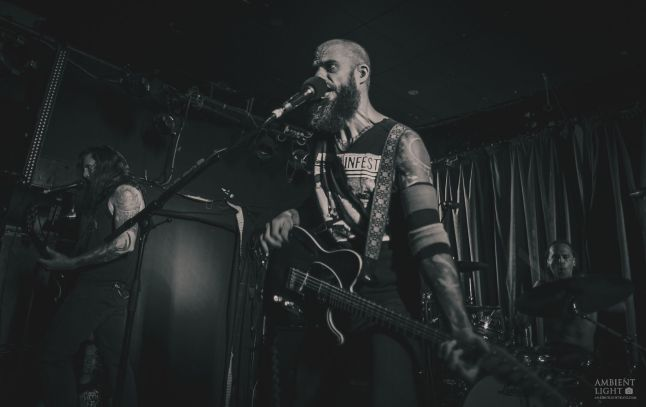 Baroness perform live at Auckland's Kings Arms Tavern, 2016. Image by Doug Peters.