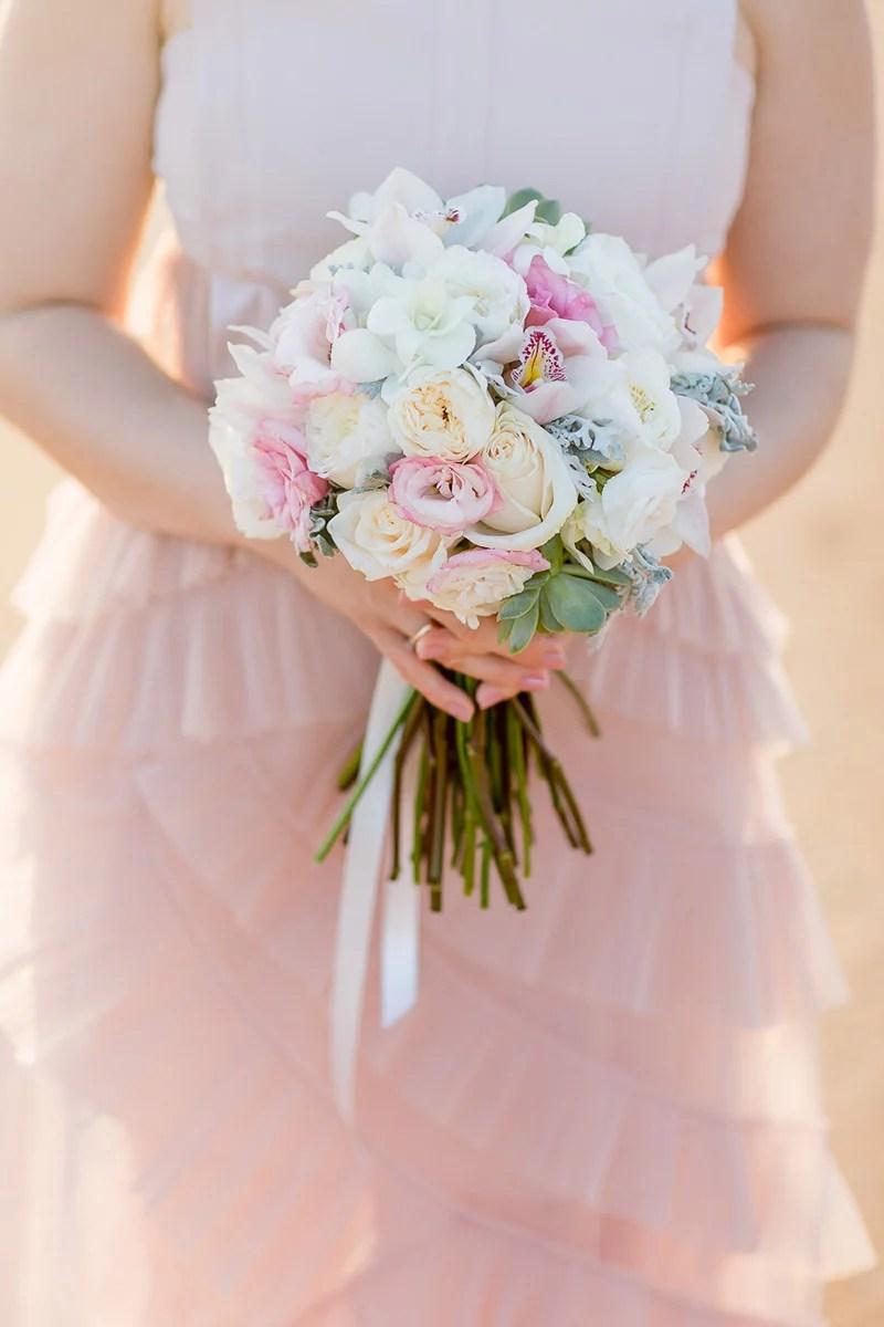 Brautstrauss mit Orchideen, Rosen und Sukkulenten in Pastell Farben