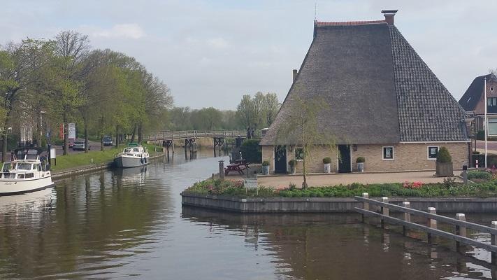 Franeker tijdens wandeling over Elfstedenpad van Franeker naar Sint-Annaparochie