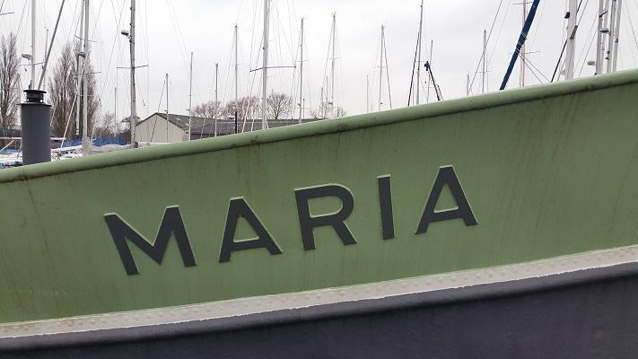 Boot Maria Harlingen op wandeling over het Elfstedenpad van Wijnaldum naar Harlingen
