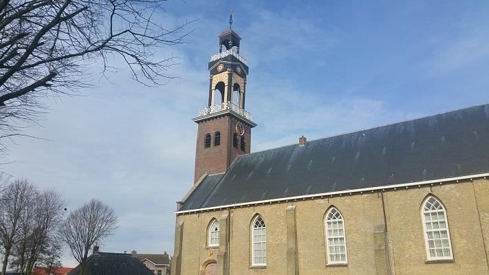 Kerk in Arum op wandeling over het Elfstedenpad van Witmarsum naar Kimswerd