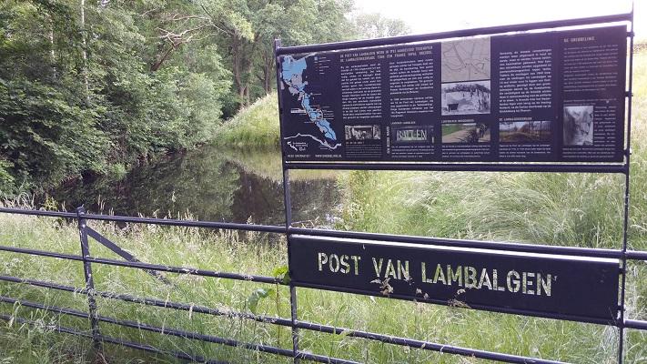 Wandelen over het Grebbeliniepad bij de Post van Lambalgen