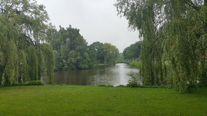 Wandelen over het Groot Frieslandpad door Parkstad Veendam