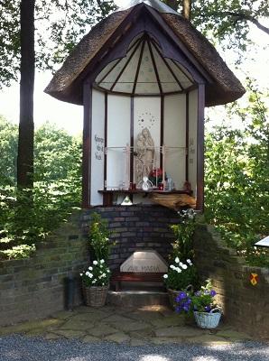 Mariakapel Twello in dagwandeling Twellose Landgoederen over het Hanzestedenpad