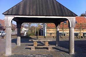 Wandelen over het Nederlands Kustpad bij Vissersbankje in Herkingen