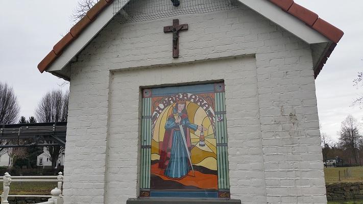 Wandelen over het Peerkepad in kapel in Valkenburg