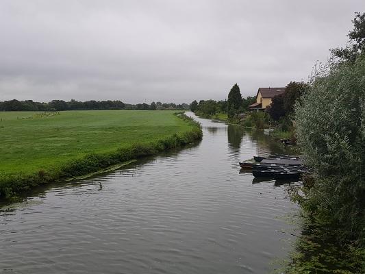 Wandelen over het Romeinse Limespad langs de Oude Rijn