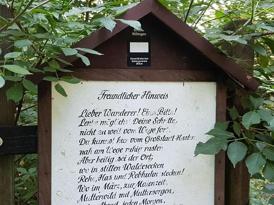 Wandelgedicht op wandeling van Brilon naar Olsberg tijdens wandelreis over Rothaarsteige in Sauerland in Duitsland