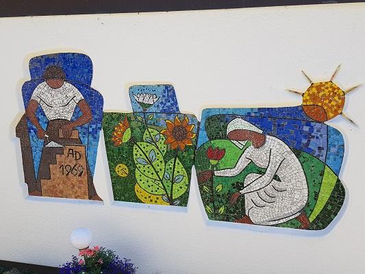Mozaiek op wandeling van Winterberg naar Kahler Asten tijdens wandelreis over Rothaarsteige in Sauerland in Duitsland