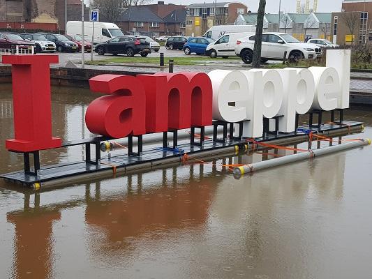 'I Ameppel' tijdens wandeling over het Westerborkpad van Hoogeveen naar Meppel