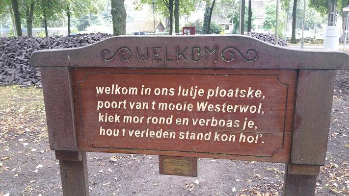 'Welkom in Westerwolde' tijdens wandeling over Westerwoldepad van Wedderveer naar Vlagtwedde