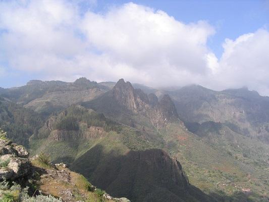 Hoogebergte Gran Canaria tijdens een wandelvakantie op Canarisch Eiland Gran Canaria