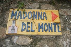 Kruisweg Madonna del Monte tijdens wandelreis naar Italiaans eiland Elba
