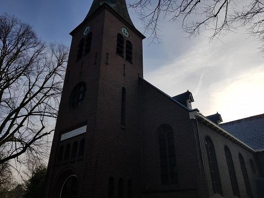 Kerk Pro Persona op een wandeling over Klompenpad Molenbeeksepad bij Wolfheze