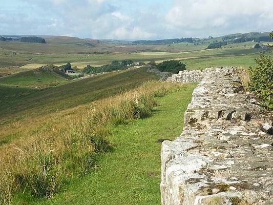 Muur van Hadrianus op een wandeling van Once Brewed naar Lanercost op wandelreis over Muur van Hadrianus in Engeland