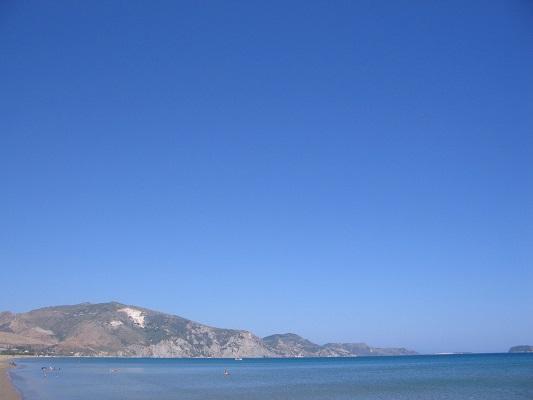 Middelandse Zee bij Kalamaki tijdens wandelvakantie op Grieks eiland Zakynthos