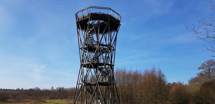 Uitkijktoren Amerdiep op wandeling over het Roots Natuurpad van Papenvoort naar Hooghalen